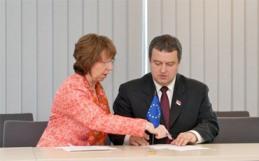 Председник владе Србије под окупацијом пристаје на још један ултиматум ЕУ у Бриселу